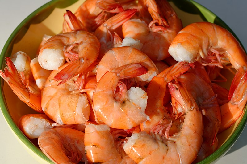 Xia means shrimp. In this photo you see cooked shrimps as the 16th item on our list of foods that start with X